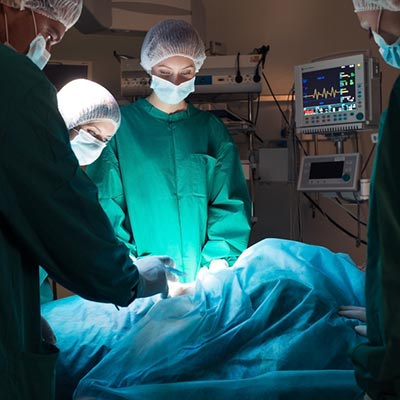 Surgical Technologist Photo