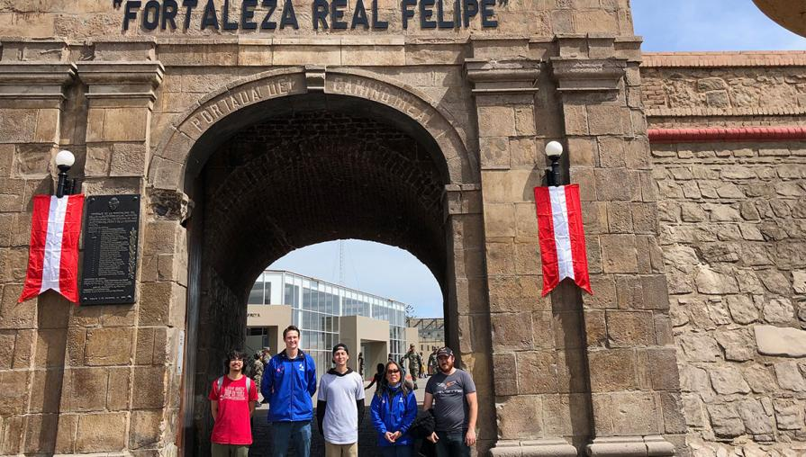 Students at Lima historical site.